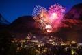 Картинка ночь, огни, Швейцария, гора Маттерхорн, фейерве́рк, пик Дюфур, горнолыжный курорт Церматт