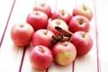 Картинка яблоки, палочки, фрукты, корица