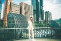 Картинка девушка, город, азиатка