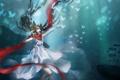 Картинка бабочки, красный, Девушка, наушники, шарф, белое платье