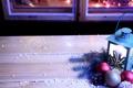 Картинка украшения, фон, праздник, шары, обои, новый год, окно