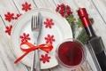Картинка снежинки, ягоды, вино, красное, бокал, бутылка, ветка