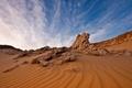 Картинка песок, небо, облака, пейзаж, скалы, пустыня, египет