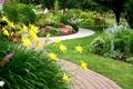 Картинка цветы, дизайн, сад, дорожка, flowers, клумбы, статуэтки