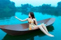 Картинка девушка, озеро, лодка, азиатка