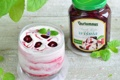 Картинка десерт, листики, джем, йогурт