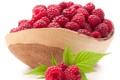 Картинка малинки, fresh berries, свежие ягоды, raspberries, leaves, bowl, листики