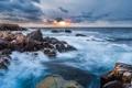 Картинка море, волны, шторм, океан, скалы, рассвет, утро