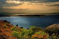 Картинка море, горы, камни, лодка, Черное, кусты, Крым