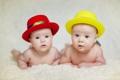 Картинка Дети, красная, желтая, шляпы
