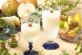 Картинка свечи, бокалы, сок, фрукты, груши