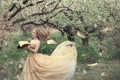 Картинка девушка, ветер, весна, книга, страницы