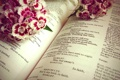 Картинка цветы, букет, книга, история, шекспир, гамлет