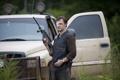 Картинка оружие, сериал, The Walking Dead, Ходячие мертвецы, David Morrissey, Дэвид Моррисси, «Губернатор»