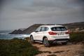 Картинка песок, море, берег, бмв, BMW, xDrive, паркетник