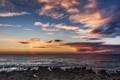 Картинка море, небо, облака, камни, рассвет, берег, горизонт