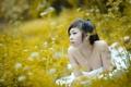 Картинка трава, девушка, азиатка