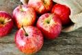 Картинка фрукты, мешок, красные яблоки