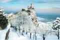 Картинка зима, снег, деревья, город, фото, замок, Италия