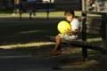 Картинка шар, мальчик, скамья
