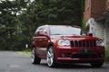 Картинка деревья, красный, джип, red, wheels, jeep, grand cherokee