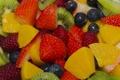 Картинка клубника, фрукты, малина, ягоды, персики, голубика, киви