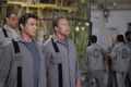 Картинка оружие, Арнольд Шварценеггер, Сильвестр Сталлоне, тюрьма, автоматы, Sylvester Stallone, Arnold Schwarzenegger