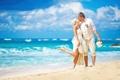 Картинка happy, beach, sea, couple, wedding, bride, just married