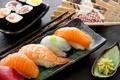 Картинка блюдо, роллы, креветки, начинка, японская кухня, красная рыба