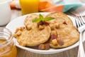 Картинка завтрак, мед, персик, оладьи, листья мяты