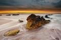 Картинка море, пляж, камни, жёлтый, горизонт