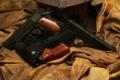Картинка оружие, пистолеты, три, ткань