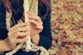 Картинка осень, руки, флейта