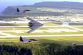 Картинка море, поле, полет, ландшафт, истребитель, B-2, бомбардировщик