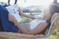 Картинка девушка, солнце, улыбка, журнал
