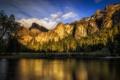 Картинка небо, облака, деревья, закат, горы, река, США
