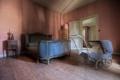 Картинка комната, кровать, коляска