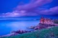 Картинка облака, трава, небо, дома, скалы, камни, море