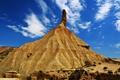 Картинка небо, облака, камни, гора, чудо природы, редкая трава, горно-песчанная порода