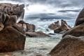 Картинка море, волны, пляж, брызги, камни, скалы