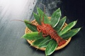Картинка зелень, листья, стол, дым, омар, вкусный, дымок
