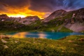 Картинка облака, пейзаж, цветы, горы, природа, озеро, травка