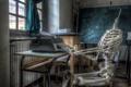 Картинка комната, ситуация, скелет, доска, пишущая машинка