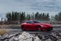 Картинка красный, камни, Maserati, ограждение, железная дорога, red, Мазерати