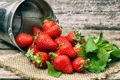 Картинка ягоды, клубника, ведро, strawberry, fresh berries