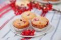 Картинка ягоды, тарелка, кексы, брусника