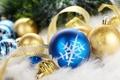 Картинка синий, шары, елка, пух, лента, золотой, снежинка
