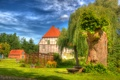 Картинка крыша, небо, трава, деревья, дом, двор