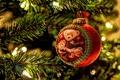 Картинка ветки, елка, шарик, огоньки, Новый Год, медведи