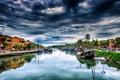 Картинка город, река, лодки, причал
